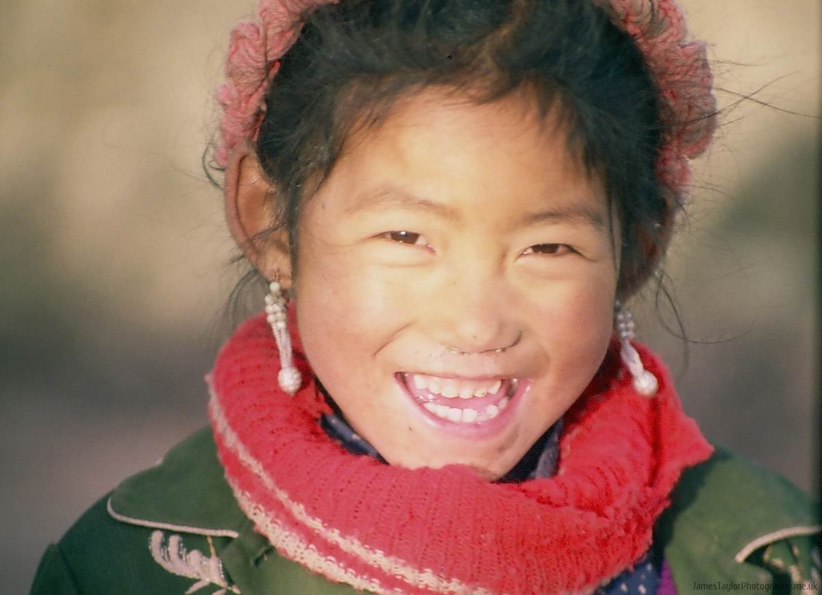 travel-karakol-girl