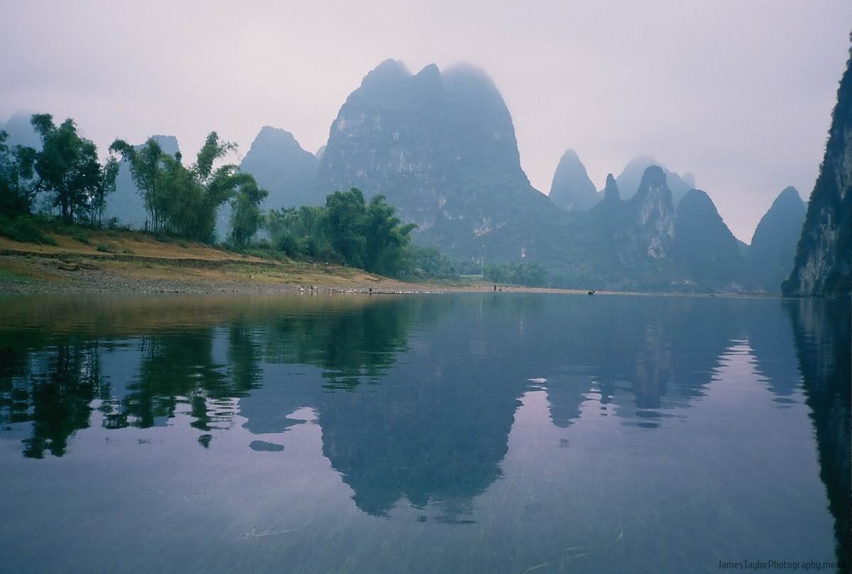 travel-yangshuo-reflection